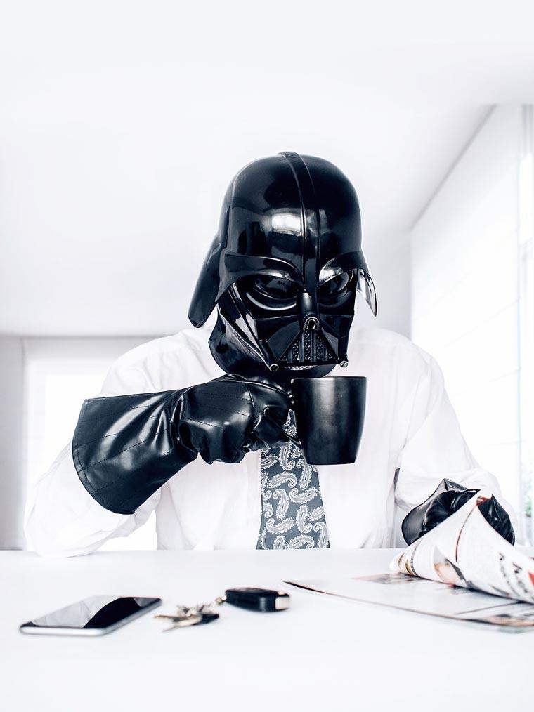dark vador au travail