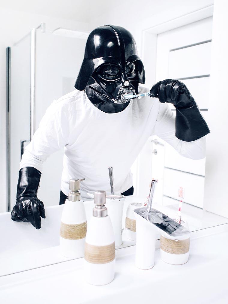 dark vador se brosse les dent